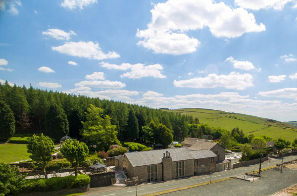 The Saddleworth Hotel - Venues - Delph, Saddleworth - Lancashire