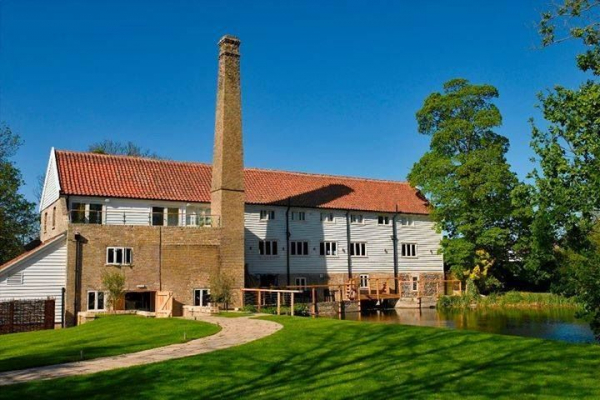 Tuddenham Mill Hotel - Wedding Venue - Bury St Edmunds - Suffolk
