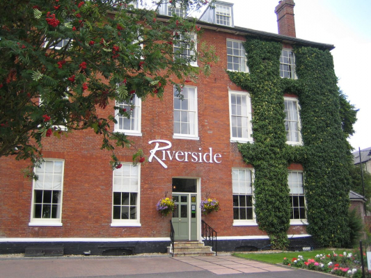 Riverside House Hotel - Wedding Venue - Mildenhall - Suffolk