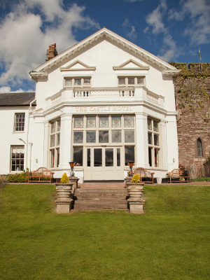 The Castle at Brecon Hotel - Wedding Venue - Brecon - Powys