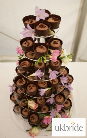 Chocolate-mousse-stand-300ppi.jpg