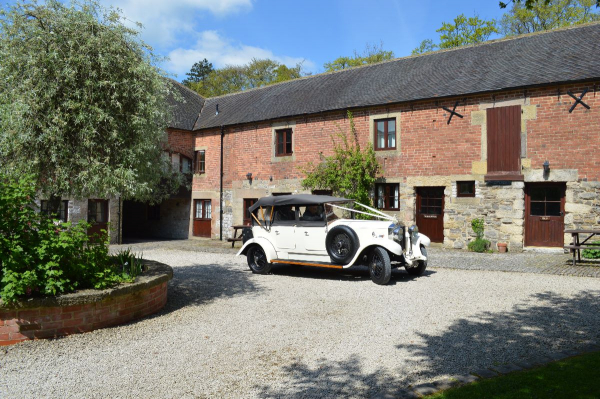 Knockerdown Cottages (Gainsborough Retreats) - Venues - Ashbourne - Derbyshire