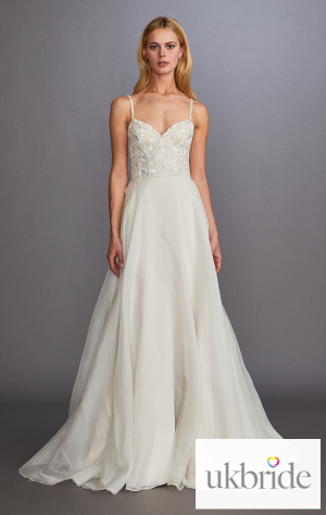 allison-webb-bridal-fall-2019-style-everleigh.jpg