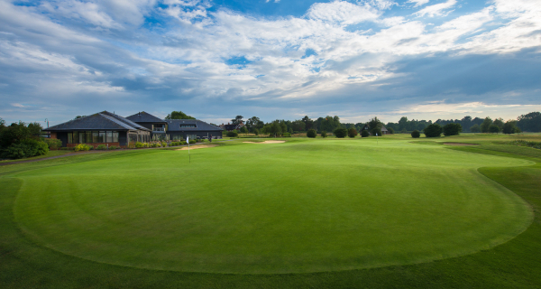 Surrey Downs Golf Club - Wedding Venue - Kingswood - Surrey