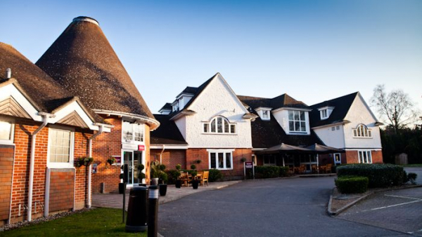 Mercure Tunbridge Wells - Wedding Venue - Tunbridge Wells - Kent