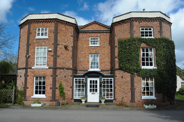 Rossett Hall Hotel - Wedding Venue - Wrexham - Wrexham