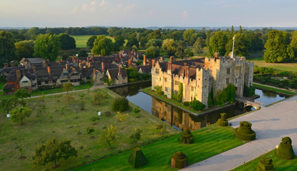 Hever Castle - Wedding Venue - Edenbridge - Kent