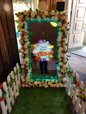 Photo Booth Hire UK - Photo booth - Wilsden, Bradford - West Yorkshire