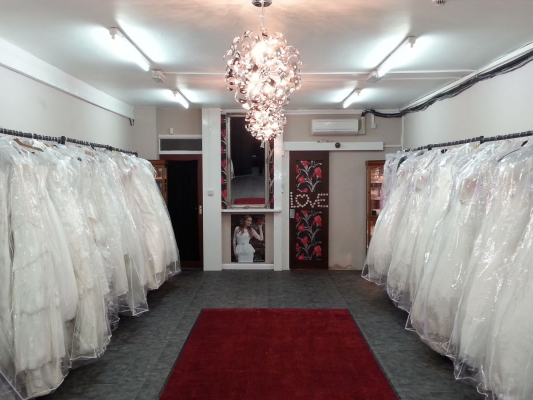 Best Dress 2 Impress Bridal - Wedding Dress / Fashion - London - Greater London