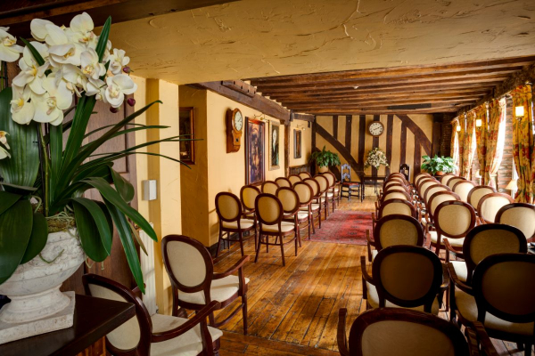 The Saracens Head Hotel - Wedding Venue - Southwell - Nottinghamshire