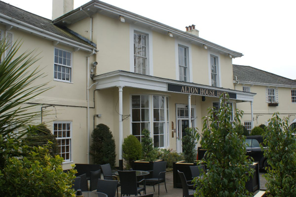 Alton House Hotel - Venues - Alton - Hampshire