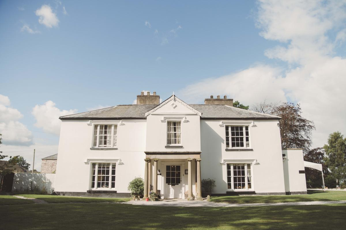Pentre Mawr Country House-Image-1