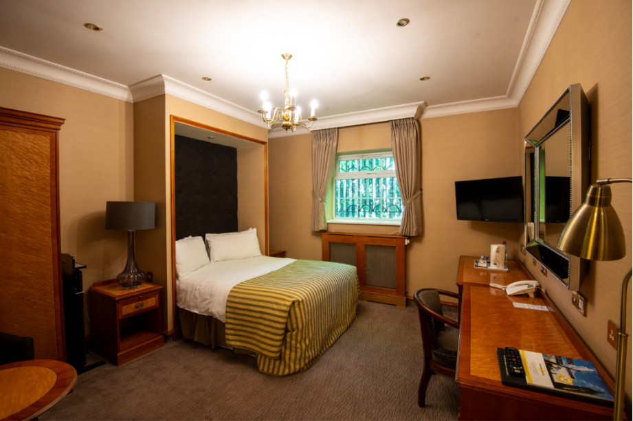 The Royal Toby Hotel-Image-15
