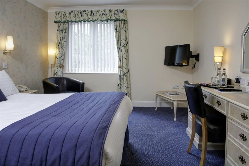 Best Western Calcot Hotel-Image-57